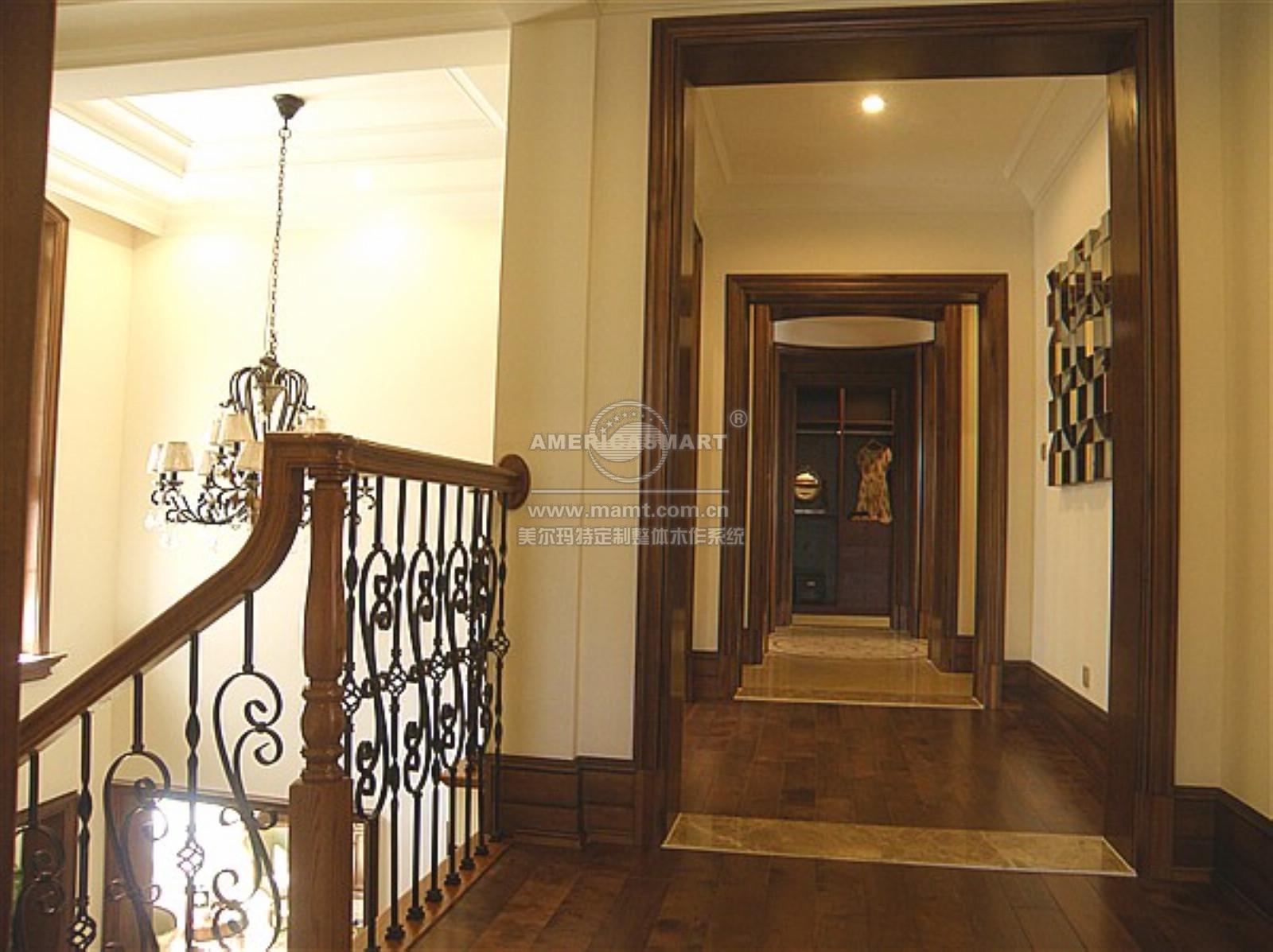 过道门框装修效果图; 清远天湖郦都欧式客厅过道门图片下载;