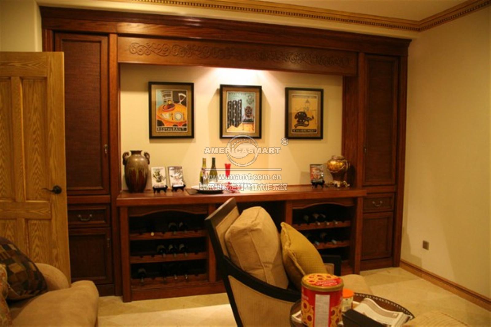客厅天花线、展示柜、21MM造型过道门框   餐厅PU天花吊顶、矮酒柜